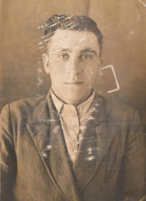old-damaged-photographs-portrait-before